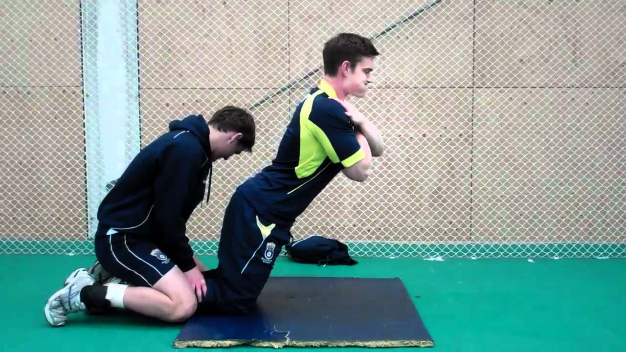 ¿Cuáles podrían ser las direcciones a tomar para la prevención de la lesión muscular de la musculatura isquiotibial?