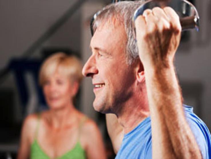 Entrenamiento de la Fuerza para la mejora de la capacidad funcional del Adulto Mayor