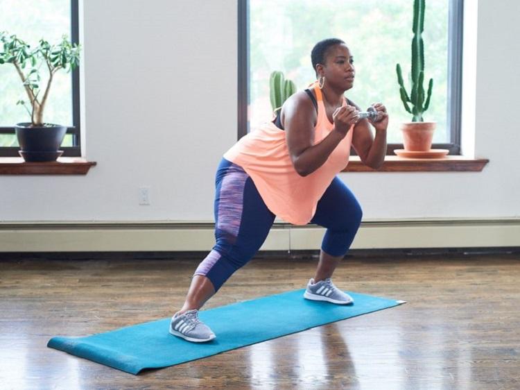 Efectos de ocho semanas de entrenamiento funcional de alta intensidad sobre el control de glucosa y la composición corporal entre adultos con sobrepeso y adultos obesos